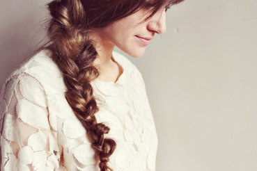 messy-side-braid
